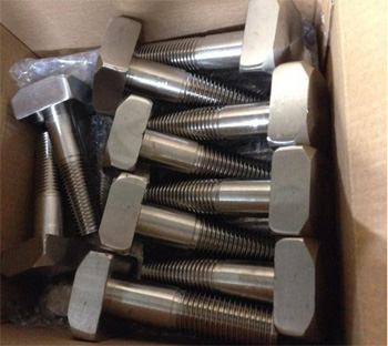 Packaging of monel bolts